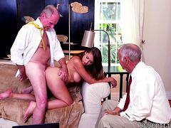 Секс пенсионеров с пухлой