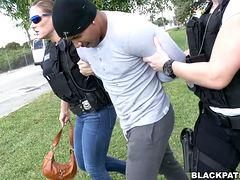 Групповуха с полицейскими